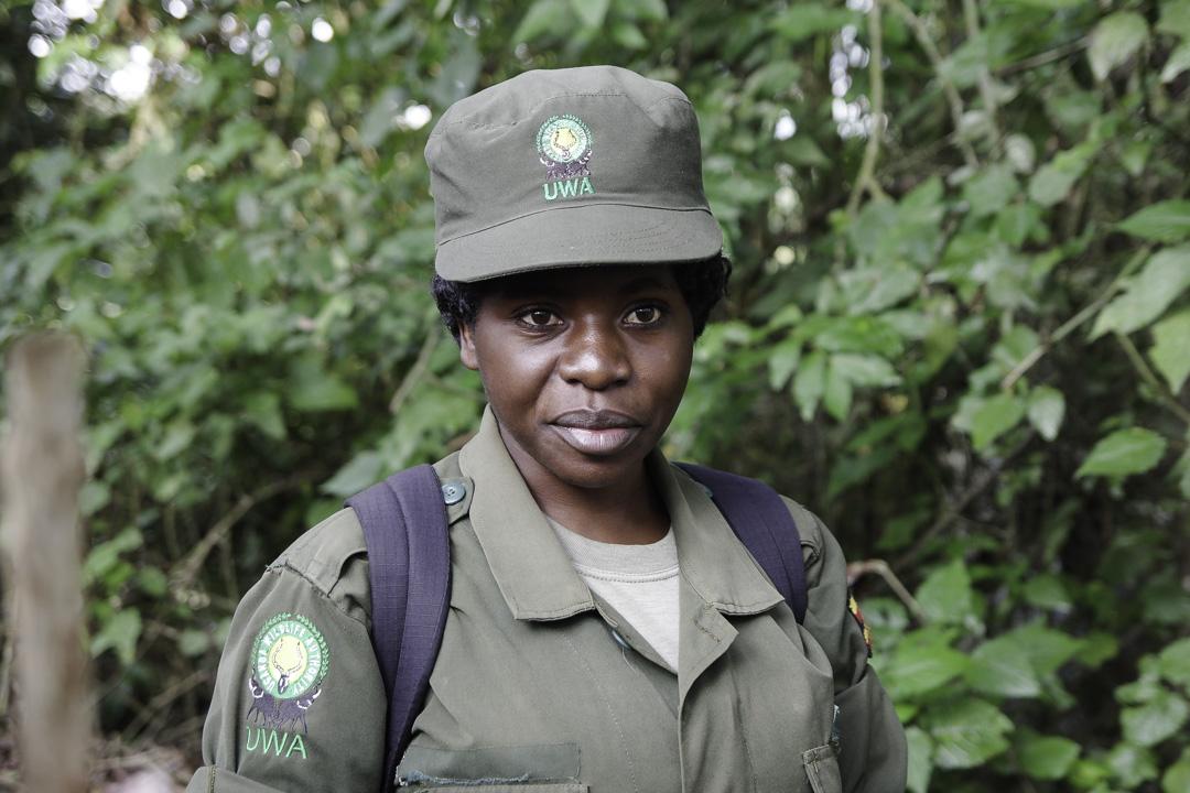 Ranger de l'UWA qui nous guide pendant le trek des gorilles