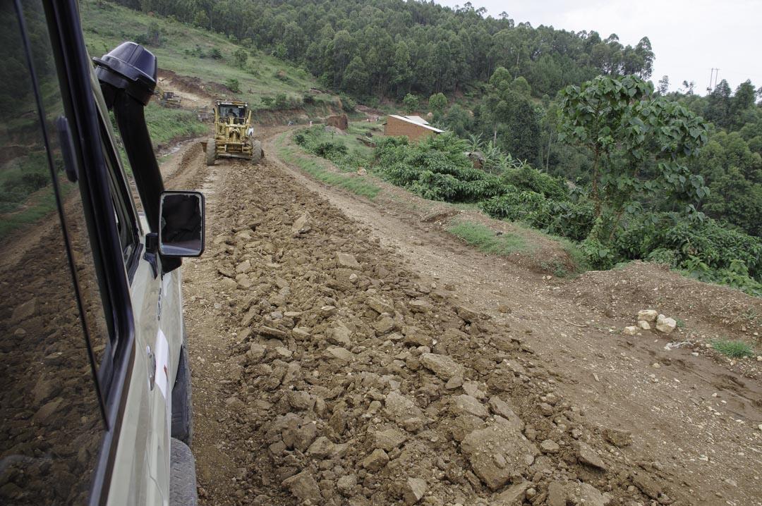 piste en travaux - Ouganda