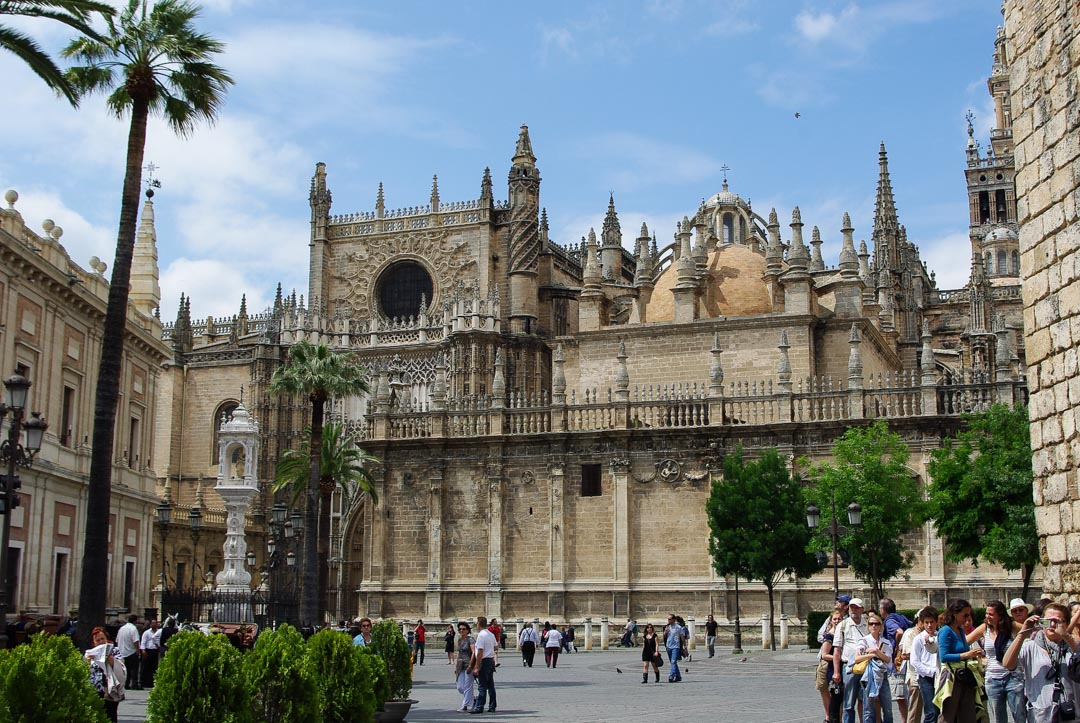 Place de la cathédrale de Séville