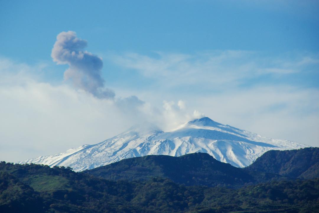 L'Etna sous la neige en hiver