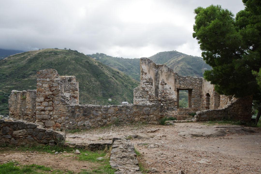 Ruines du rocher de Cefalu