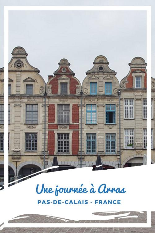 Que faire à Arras en une journée ? Admirer les deux superbes places bordées de maisons flamandes, monter au sommet du Beffroi classé à l'UNESCO et descendre dans les Boves