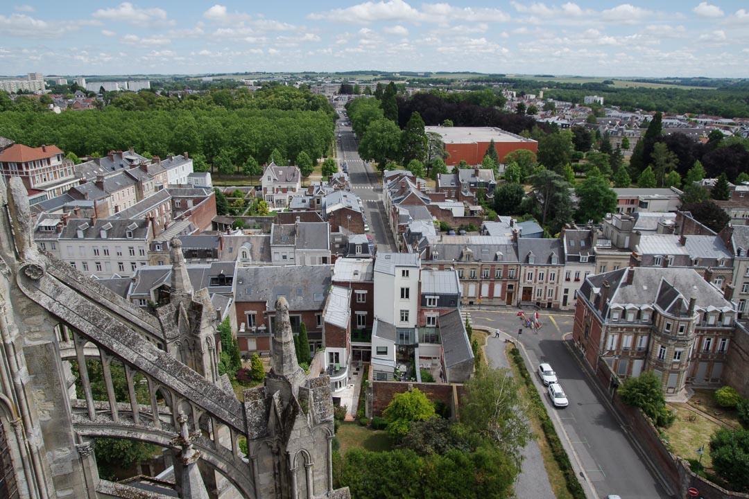 Panorama sur la ville de Saint-Quentin depuis les hauteurs de la basilique