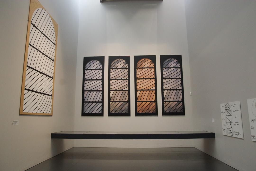 La conception des vitraux de Conques au Musée Soulages de Rodez