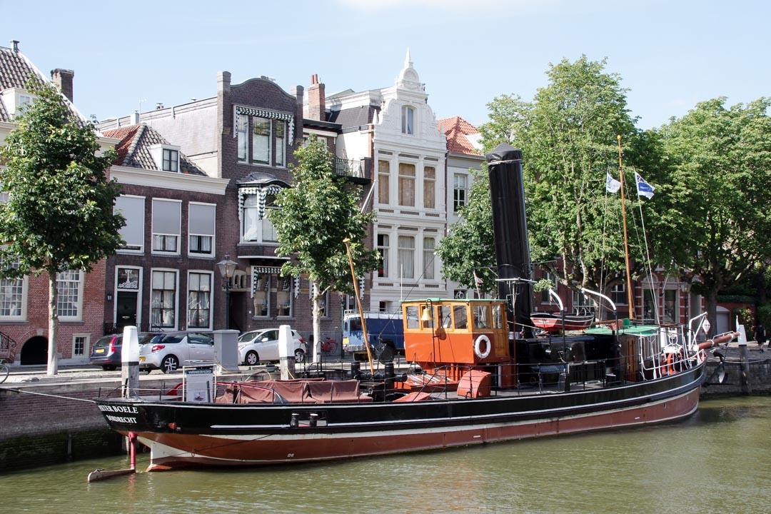 péniche ancienne - Dordrecht