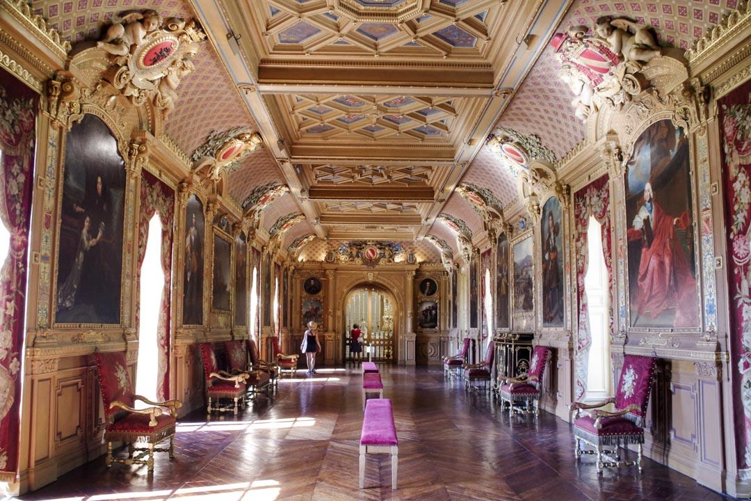 galerie des portraits du château de maintenon