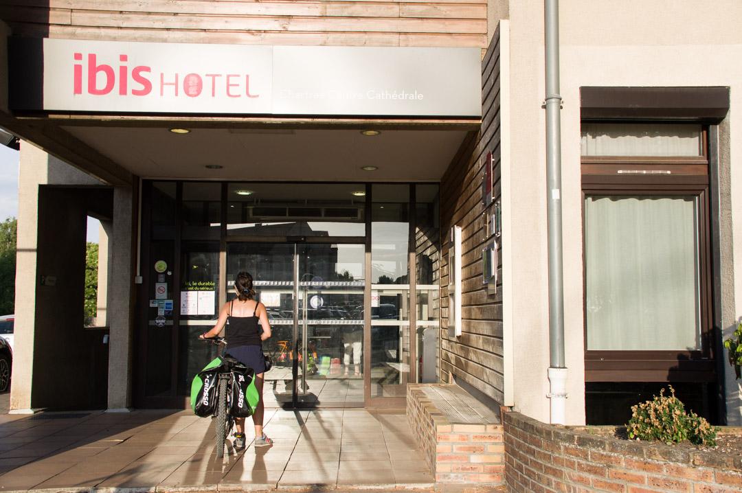 Hotel Ibis Cathédrales à Chartres - Accueil Vélo