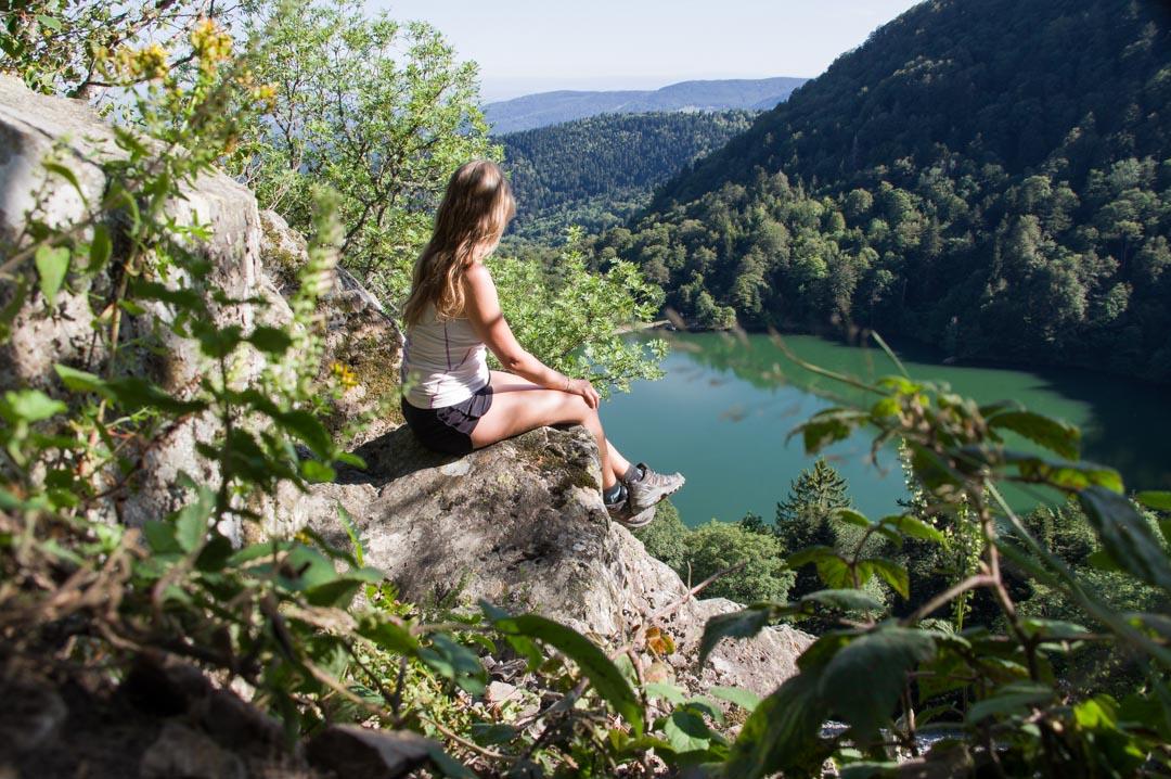 repos avec vue sur le lac des perches - massif des vosges