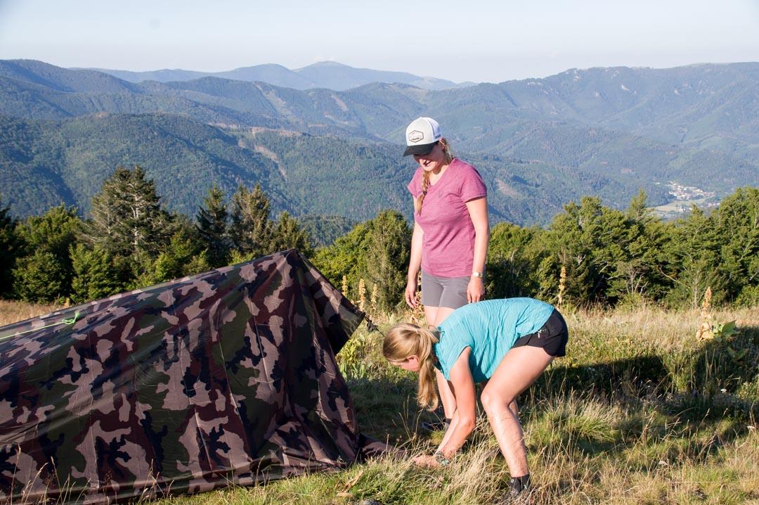 apprendre à monter un tarp
