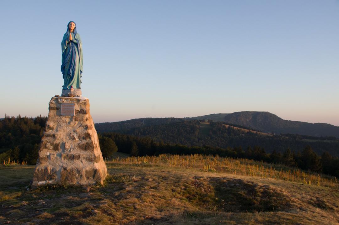 statue de la vierge dans le massif des vosges