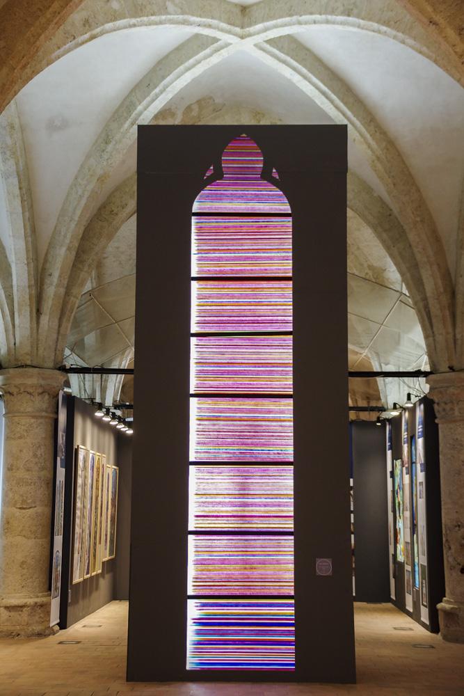 vitrail contemporain - centre international du vitrail à Chartres