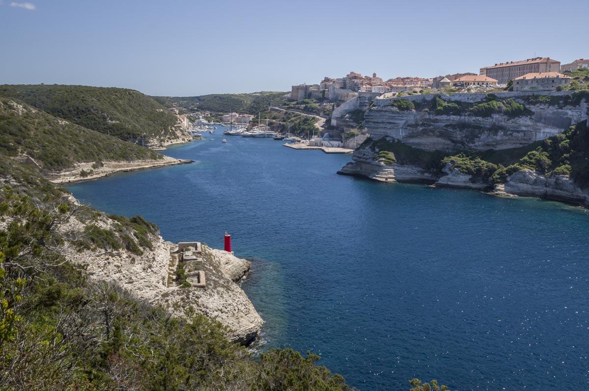 randonnée côtière autour de Bonifacio au phare de la Madonetta
