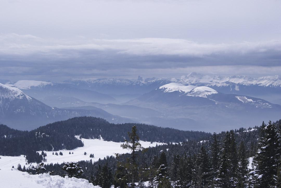 Panorama sur les montagnes du Massif de Belledone depuis Chamrousse