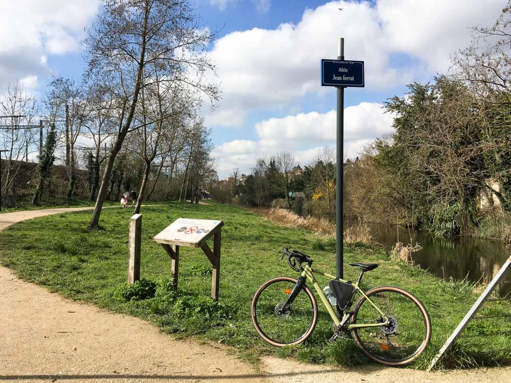 les bords de l'orge à vélo en Essonne