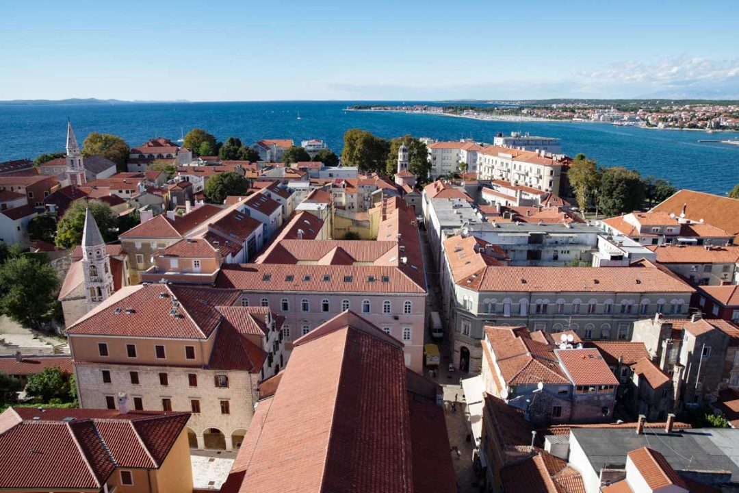 Panorama sur le centre historique de Zadar en Croatie