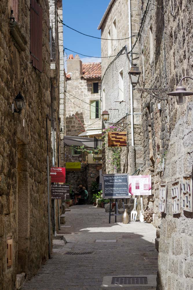les ruelles du centre historique de Sartène