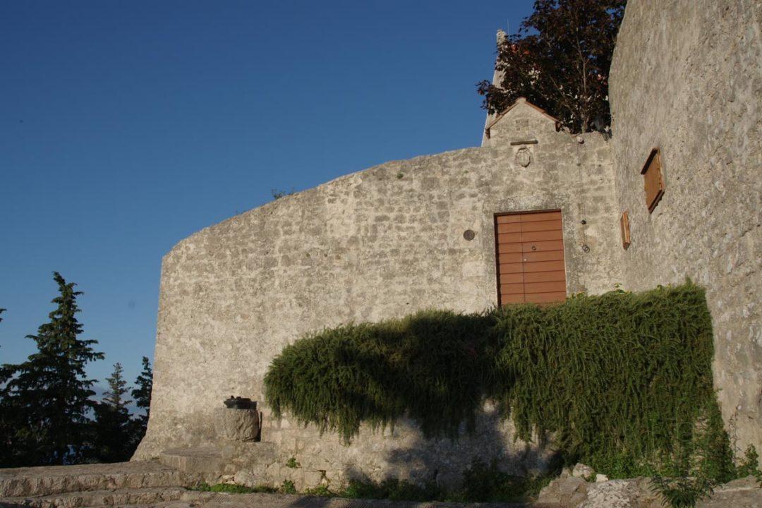 Monastère sur l'ile de Pasman