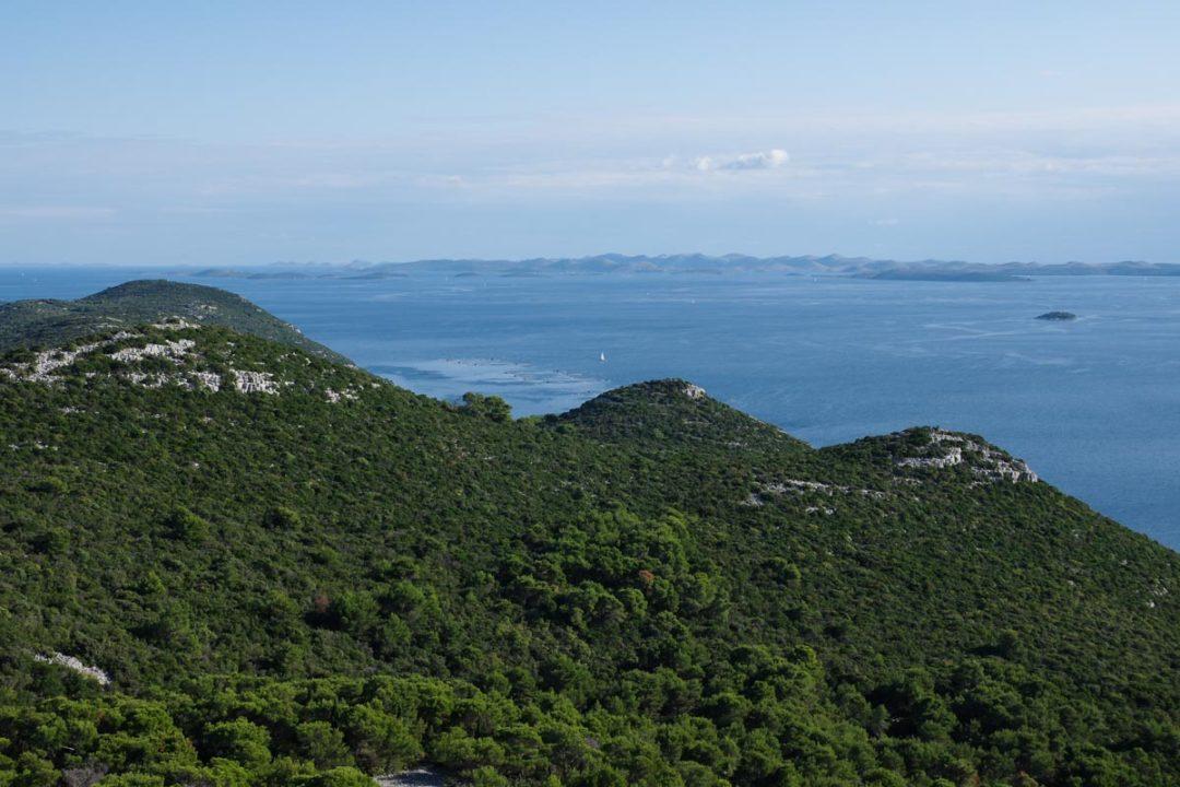 Panorama sur l'Ile d'Ugljan et l'archipel des Iles Kornati en Croatie