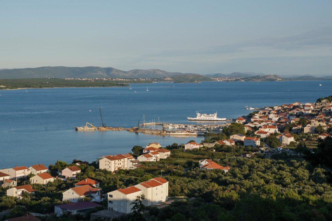 Panorama sur le sud de l'ile de Pasman
