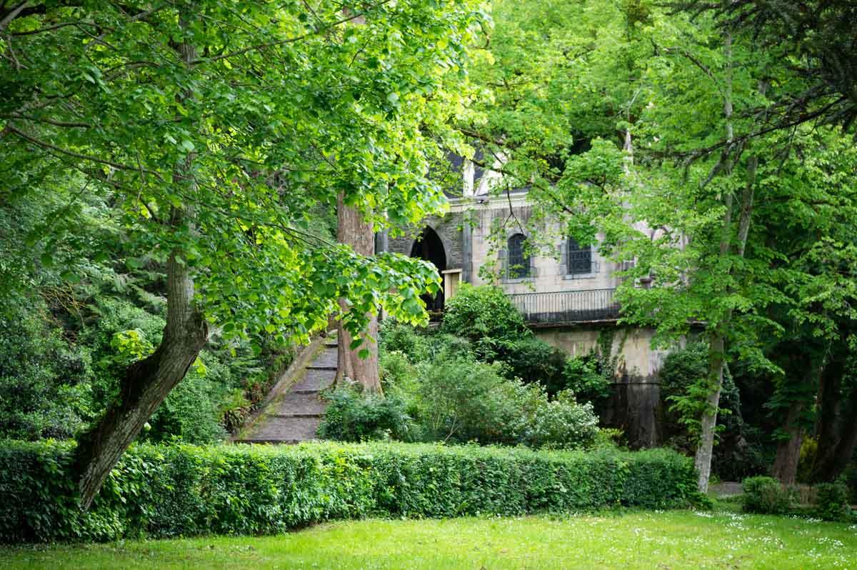 L'oratoire en forêt de Saulges