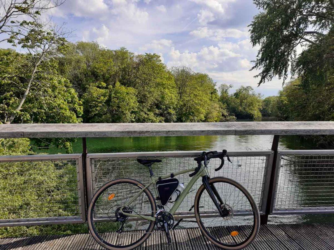 à vélo le long de la Scandibérique entre Paris et Fontainebleau