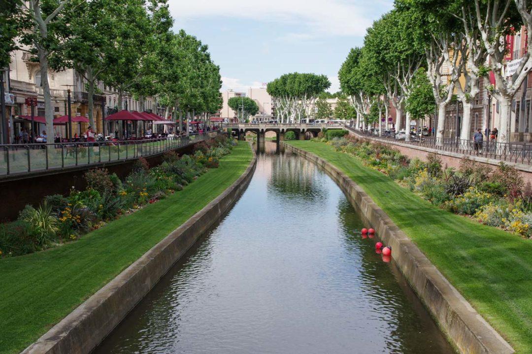 Canal dans le centre-ville de Perpignan