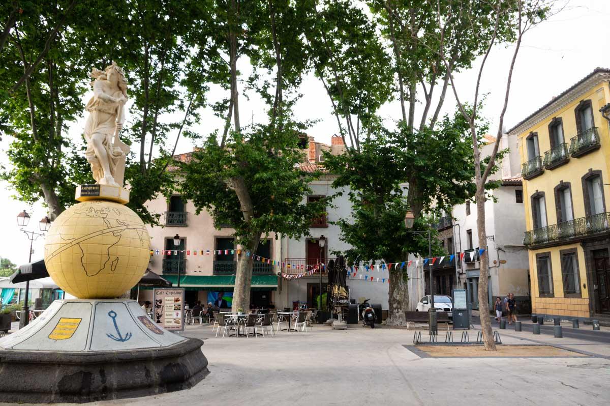 place centre ville Agde