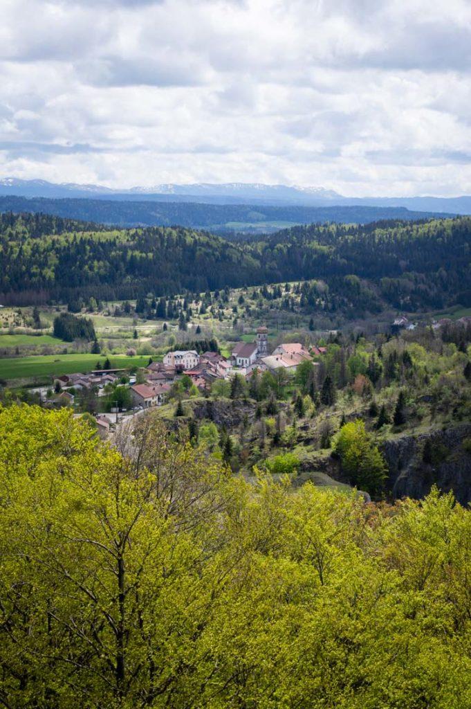 le village de la Chaux du Dombief