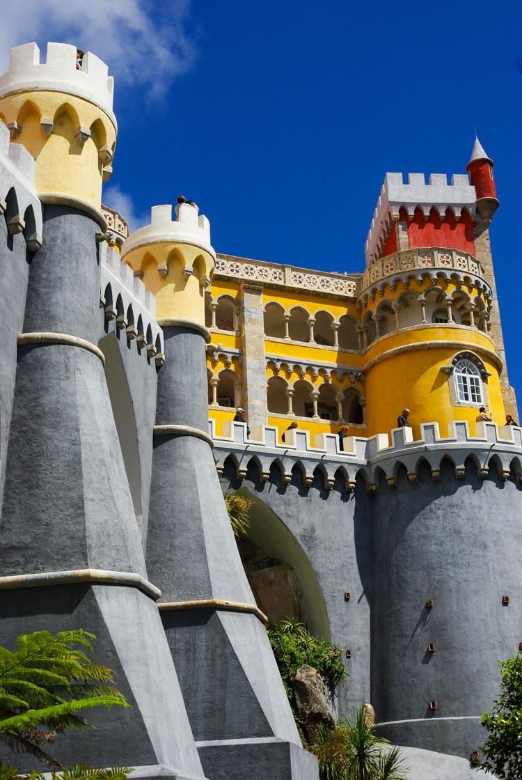 l'exuberant Palais de Pena à Sintra