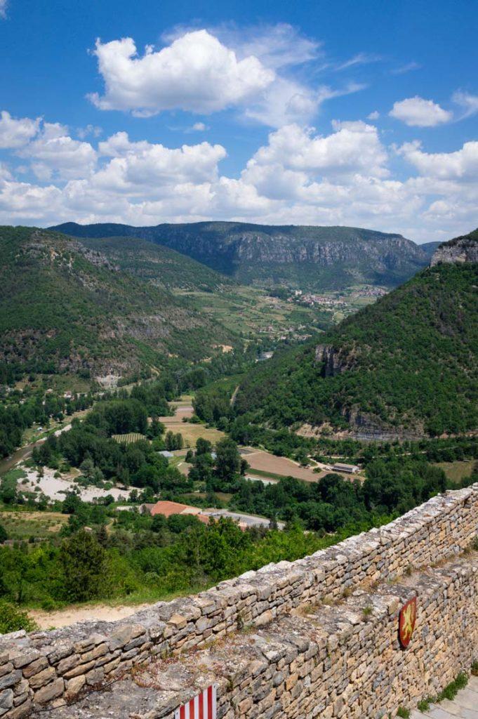 Panorama sur la Vallée du Tarn depuis le Château de Peyrelade