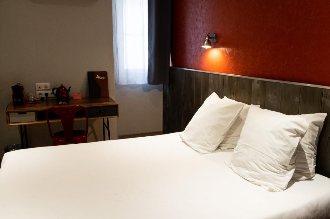 chambre yseria Hotel à Agde