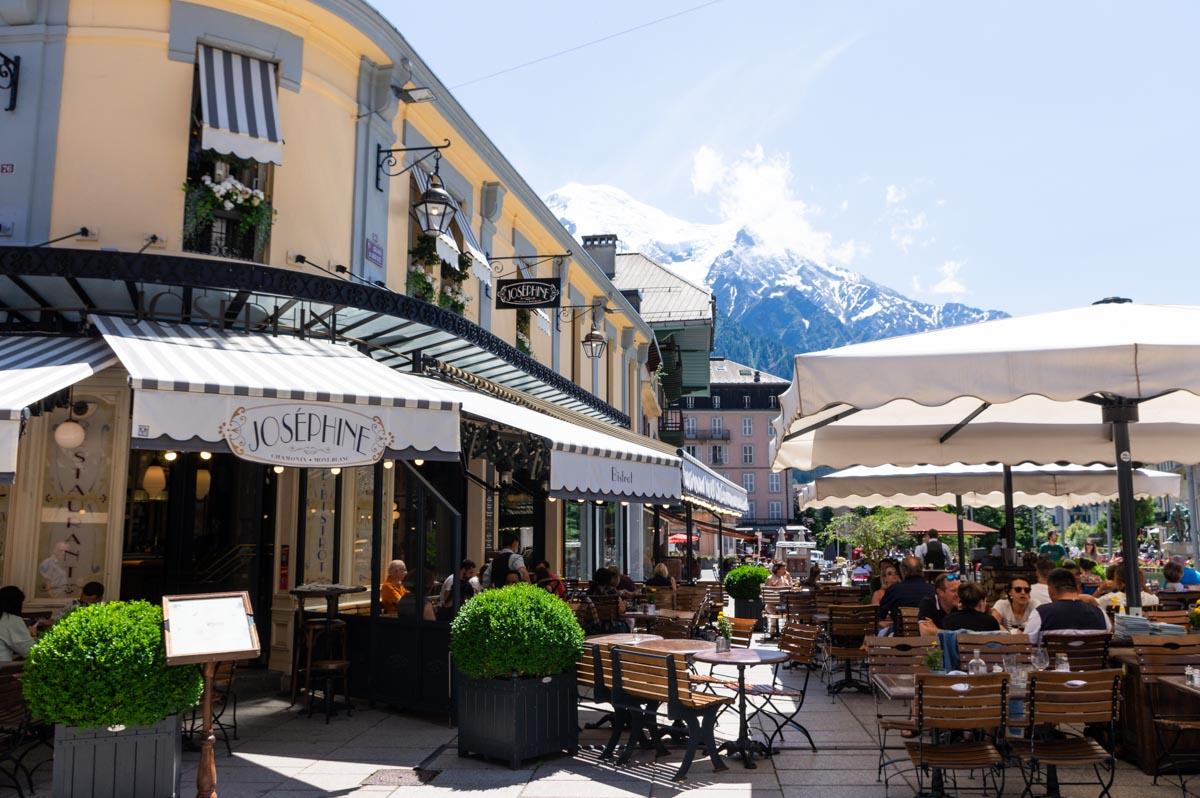 terrasses du centre ville de Chamonix