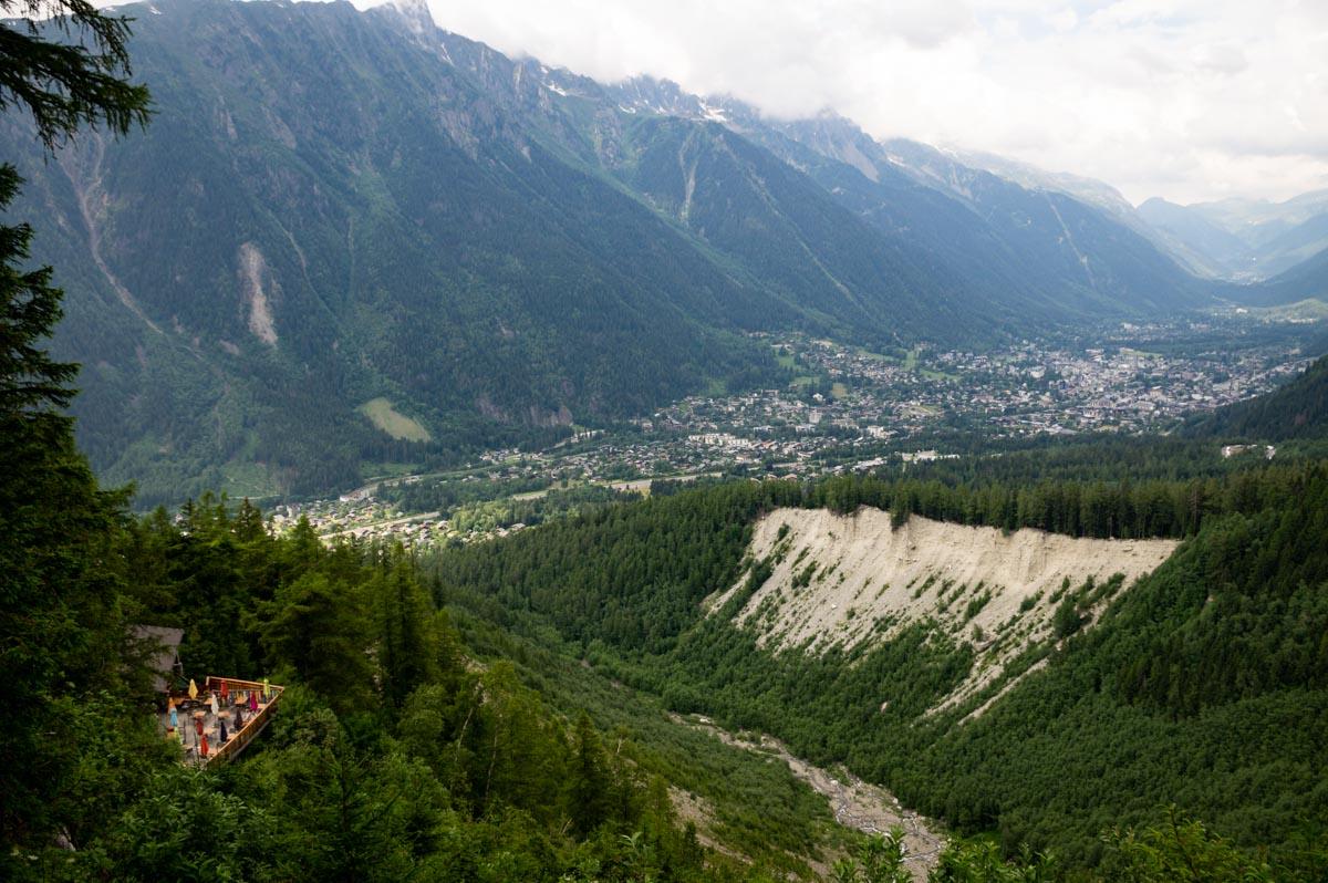 La Vallée de Chamonix vue depuis le Glacier des Bossons