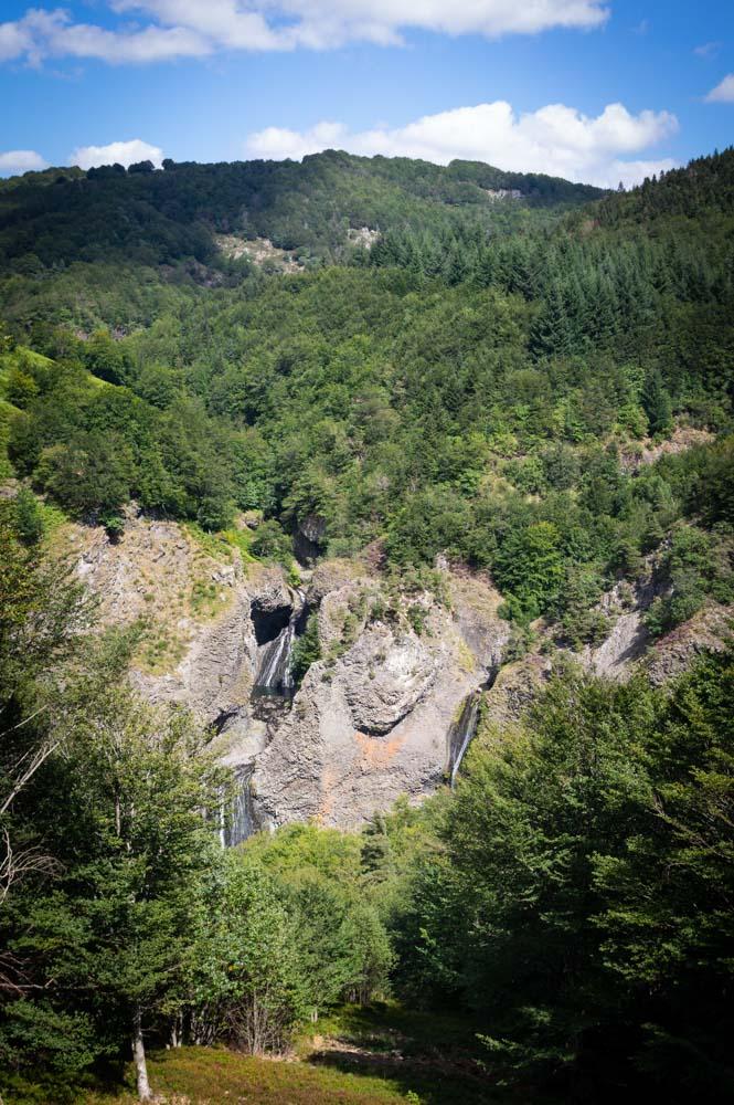 Panorama sur les cascades du Ray Pic en Ardèche