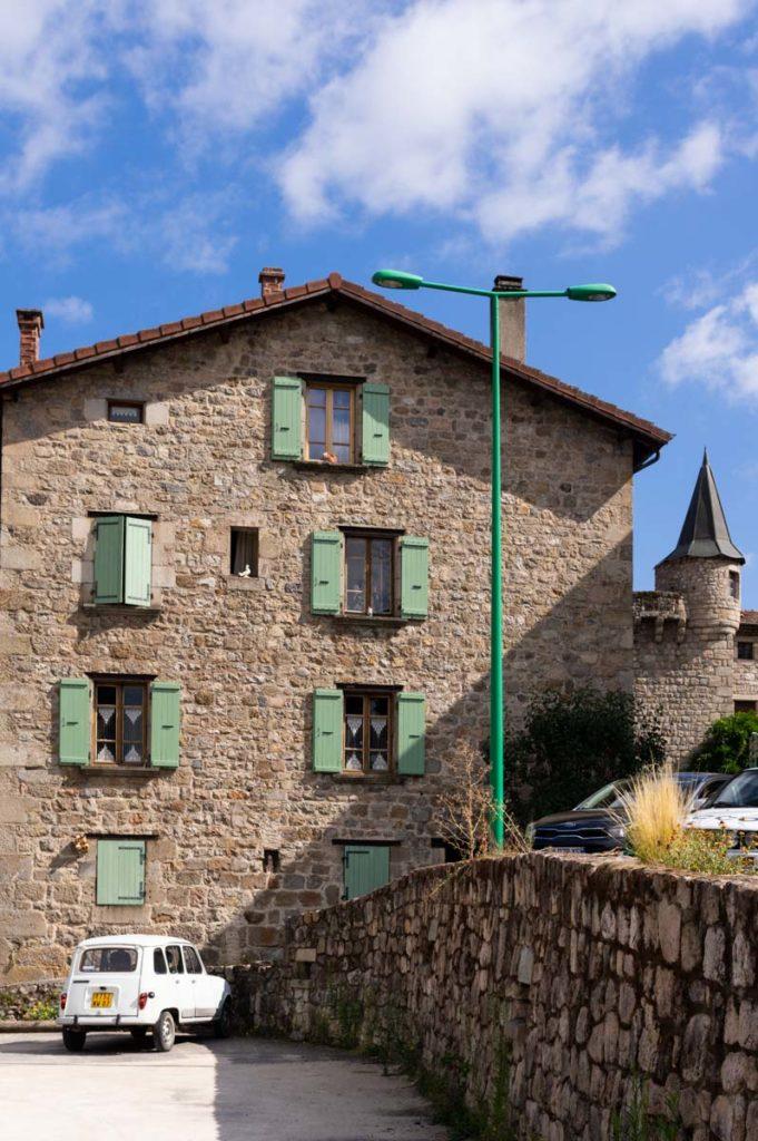 le village de Desaignes