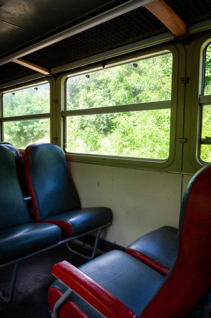 intérieur de la locomotive vintage pour le retour à Boucieu-le-roi