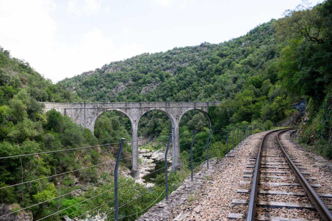 un viaduc dans la Vallée du Doux en Ardèche