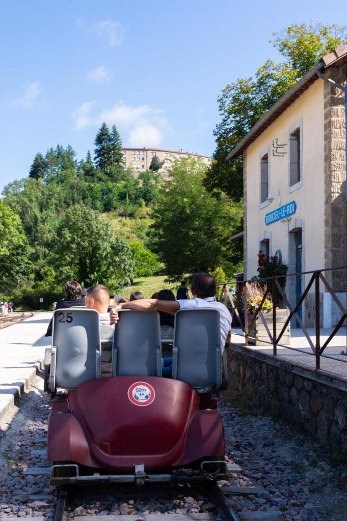 départ du vélorail de l'Ardèche à Boucieu-le-Roi