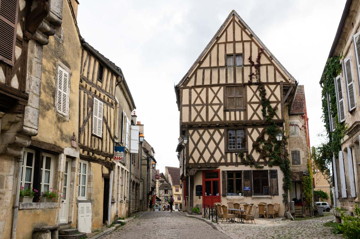 le village médiéval de Noyers-sur-Serein
