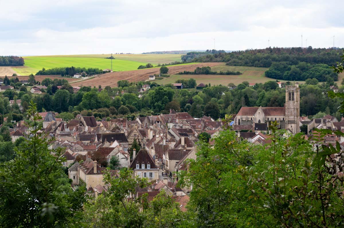 Panorama sur le village de Noyers-sur-Serein