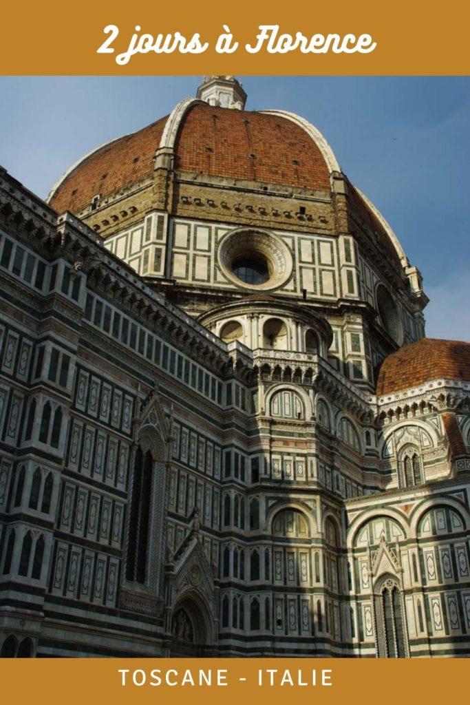 Que faire, que voir à Florence en 2 jours ? Le guide pratique pour découvrir Florence en Toscane. Visite du Duomo, du musée des Offices, balade dans le centre historique avec le Ponte Vecchio