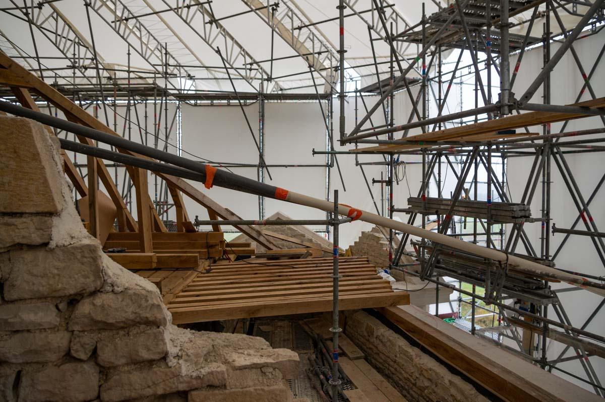 rénovation de la charpente du Château de Maulne
