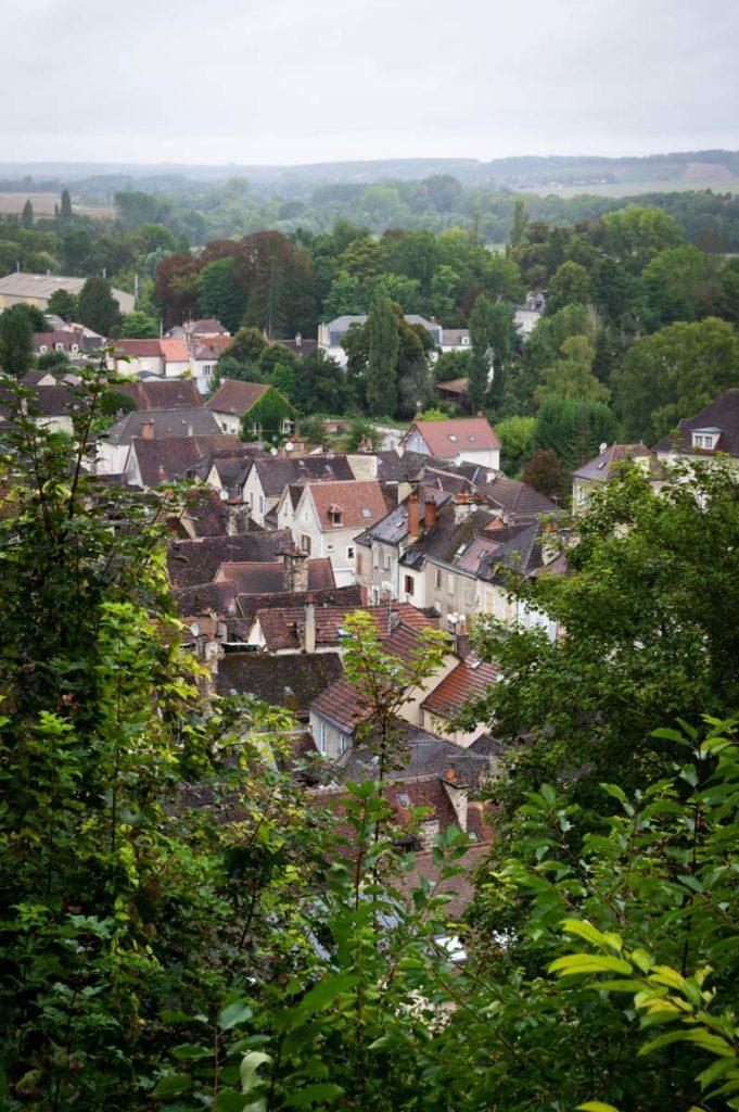 panorama sur le village de Tonnerre
